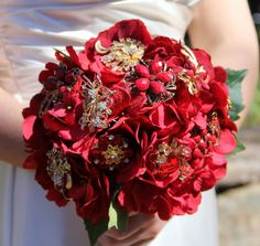 Check out this item in my Etsy shop https://www.etsy.com/listing/226504009/brooch-bouquet-wedding-bouquet-vintage