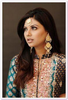 Model Sunita Marshal's Bridal Lehnga & Makeup Photo shoot 2012 Gorgeous Sunita Marshal Bridal Makeup, Lehnga and Jewelry Photoshoot 2012-13_1 – StylesPK | Latest Pakistani Fashion | Dresses 2013