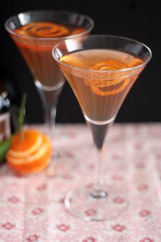 Orange peels - very easy DIY cocktail decoration