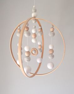 5 Modern Orb Neutral Baby Mobile by SproutlingCo on Etsy Baby Room Design, Baby Room Decor, Nursery Decor, Baby Rooms, Diy Bebe, Hanging Mobile, Baby Crafts, Girl Nursery, Diy For Kids