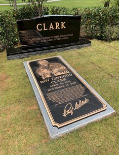 656 Best Final Resting Place Images In 2020 Famous Graves Famous Tombstones Grave Marker
