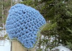 Happiness comes in little bits: Knitting along...and a hat pattern