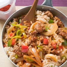 Kruidige rijst met gehakt en nasigroenten Productfoto ID Shot 560x560