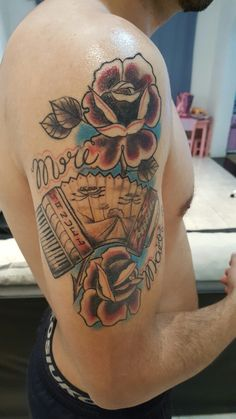 tattoo acordeón paisaje tradicional