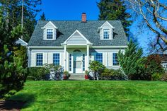 U.S. house prices continued to show no signs of slowing, hitting their highest in nearly three years as demand remains hot.