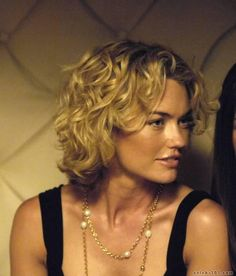 Kelly Carlson very Beautiful..I love the short hair with curls
