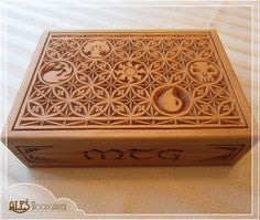 Hey, I found this really awesome Etsy listing at https://www.etsy.com/listing/218912795/magic-the-gathering-card-box-mtg-edh