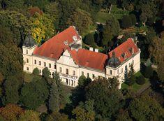 Trebišov - múzeum Mansions, House Styles, Image, Home Decor, Mansion Houses, Homemade Home Decor, Manor Houses, Fancy Houses, Decoration Home