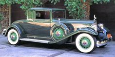 1932 Packard 3-Window Coupe - (Packard Motor Car Company Detroit, Michigan 1899-1958)