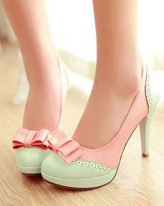 heels and toe ....pink <3 ribbon <3