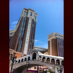 The #venetian #casino #lasvegas #usa #viajes #edificio #picoftheday #fotodeldia #igrecommend #building #architecture #arquitectura #puente #bridge #venecia | Flickr: Intercambio de fotos