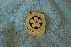 Callaway Hawaii 1997 State Open Player's Badge Money Clip #Callaway Money Clips, Wood Watch, Badge, Hawaii, Accessories, Wooden Clock, Hawaiian Islands, Badges, Money Clip