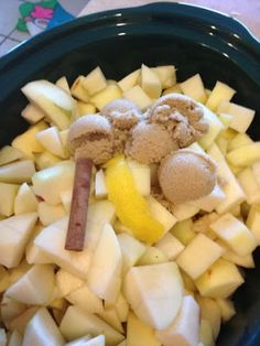 crock pot applesauce. ingredients:      8 medium apples (Use a combination of Golden Delicious, Honey Crisp, Fuji, Gala, etc.) (I filled the crockpot, using about 20 small apples)      1 strips of lemon peel - use a vegetable peeler   1 tsp fresh lemon juice  3 inch cinnamon stick  5 tsp light brown sugar.    cook 6 hours on low, remove cinnamon stick. keeps in fridge up to 3 weeks.