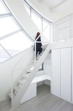 Archi-Fiore / IROJE KHM Architects
