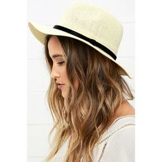 Beach View Beige Floppy Hat