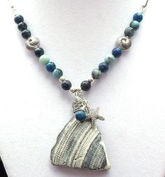 Sea Shell Necklace Ocean Necklace Shell Jewelry by BlueStoneRiver Rock Jewelry, Seashell Jewelry, Seashell Necklace, Shell Necklaces, Sea Glass Jewelry, Jewelry Crafts, Jewelry Art, Beaded Jewelry, Jewelry Design