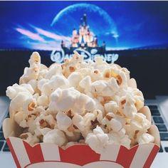 The joy of watching a Disney movie Disney Magic, Disney Art, Walt Disney, Disney Aesthetic, Night Aesthetic, Chill, Disney Movies To Watch, Disney Addict, About Time Movie
