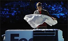 Prior to Federer pulling out he destroyed Murray who has won nearly 80% of his matches – 39 of 48 –and climbing back to No 6 in the world from the relative depths of No 12 two months ago.  Federer took 56 minutes to beat him 6-0, 6-1 in the final qualifying match. YES you read right.  Message us and we'll help you!  http://www.live-tennis.com/signup
