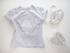 GIrl's T-shirt by #bambaks and the purse by #yoyarn