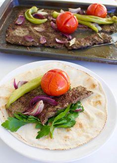 Kafta- Lättlagad köttfärskebab i långpanna - ZEINAS KITCHEN Lchf, Keto, Zeina, Lebanese Recipes, Tex Mex, Easy Cooking, Recipies, Spaghetti, Tacos