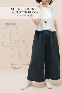 Unser Schnittmuster Culotte Bloom ist eine lässig geschnittene High-Waist-Hose mit weiten Beinen und elastischem Bund – modern aber zeitlos. Bequem wie eine gemütliche Hose, elegant und schwungvoll wie ein Rock. Style deine Culotte Bloom lässig und sportlich mit einem engen Shirt oder cropped Top – oder etwas schicker mit einer weißen Bluse und hochgekrempelten Ärmeln. Ob mit Sneakers, Ballerinas oder High Heels, kreiere vielseitige Looks mit deiner neuen selbstgenähten Lieblingshose. Cropped Tops, Diy Kleidung, Rock Style, Gym Men, Tweed, Elegant, Pants, Outfits, Collection