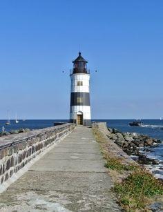 Tourismus-Portal für das Urlaubsland Schleswig-Holstein. Hier erhalten Sie Informationen und Angebote für den Urlaub zwischen den Meeren (Nordsee / Ostsee).