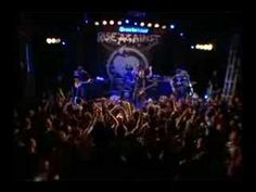 Rise Against - Paper Wings (live)