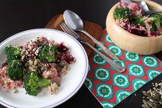 Quinoa s brokolicí a červenou řepou