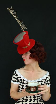 This Alice in Wonderland-worthy felt tilt hat is made to resemble a tea cup! The wired crown is pinched and tucked to create that wonderful Mad Hatter silhou… Mad Hatter Tea, Mad Hatters, Lady In Waiting, Alice In Wonderland Tea Party, Red Felt, Cool Hats, Red Hats, Red Purple, Sombreros