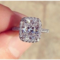 Elongated cushion-cut diamonds are all the rage today. Start customizing your version of this engagement ring today!