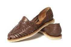 347d1868a1116 Women s Closed Toe Colonial Huaraches Sandals - Dark Brown
