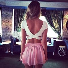 love this open back crop top look for summer time!!