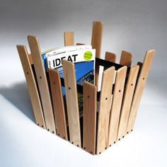 Wastebasket or A4 magazine rack, made of bed slats recovered...