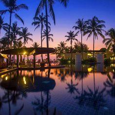 Beachfront Luxury at Ramada Khao Lak Resort Thailand (link to resort in bio) Photo - @ramadakhaolakresort. #OurLonelyPlanet #KhaoLak #Thailand #Asia Hotels-live.com via https://www.instagram.com/p/BAn2madRtCL/