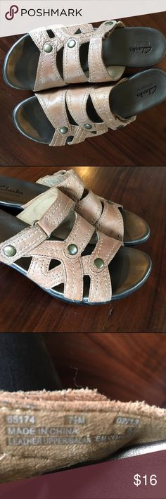 Cute Sumer Clarks Cute hardly worn sandal clarks! Clarks Shoes Sandals