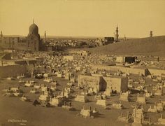 A Cairo cemetery in 1870