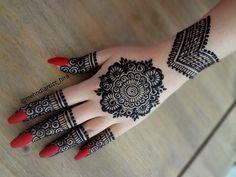 henna designs Best Eid Mehndi Designs for Girls Latest Eid Mehndi Designs for Hands Finger Henna Designs, Henna Art Designs, Mehndi Designs For Girls, Mehndi Designs For Beginners, Modern Mehndi Designs, Dulhan Mehndi Designs, Mehndi Designs For Fingers, Wedding Mehndi Designs, Latest Mehndi Designs