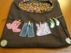 Bolsas de pinzas Patchwork Quilt Patterns, Lunch Box, Quilts, Scrappy Quilts, Toss Pillows, Bags, Quilt Pattern, Quilt Sets, Quilt