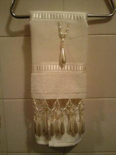 toalha com pedraria para lavabo.  diversas cores