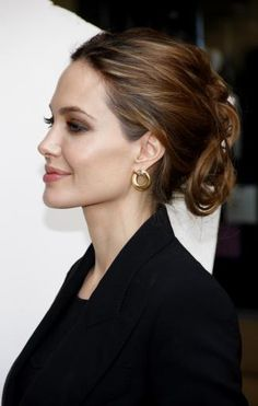 20 Quick Celebrity Hairstyles <3 You'll never suffer another bad hair day with these quick and easy hairstyles