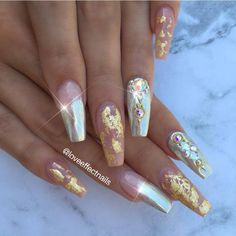 By @loveeffectnails - using chrome powder, Swarovski crystals and gold foil at DAILYCHARME.COM