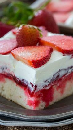 Best Strawberry Poke Cake [VIDEO] - Sweet and Savory Meals Strawberry Poke Cake is made with white cake, soaked with a mixture of white chocolate strawberry sauce, topped with strawberry pie filling and creamy whipped cream. 13 Desserts, Brownie Desserts, Oreo Dessert, Homemade Desserts, Delicious Desserts, Poke Cake Jello, Poke Cake Recipes, Dessert Recipes, Frosting Recipes
