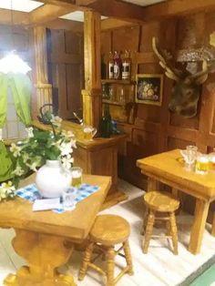 Mezzanottis Nr.: 30 – Mezzanottis Miniaturen & Puppenhäuser Liquor Cabinet, 30th, Storage, Furniture, Home Decor, House, Purse Storage, Decoration Home, Room Decor