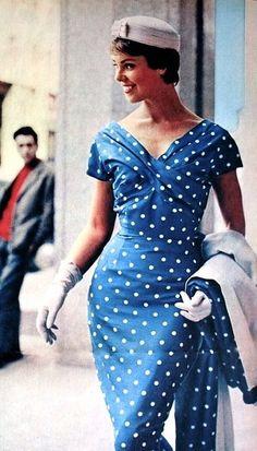 Aren't polka dotes almost always in fashion ? Blue dress and coat with white dots, Margriet (Dutch) June 1958 Retro 50, Retro Mode, Vintage Mode, Vintage Wear, Vintage Dresses, Vintage Ladies, Vintage Outfits, Fifties Fashion, Retro Fashion