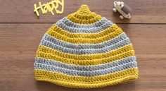 ハンドメイドレシピで公開中のキッズ用どんぐり帽子の作り方をPDFでダウンロードできます。 Knitted Hats, Crochet Hats, Slipper Socks, Crochet Slippers, Baby Hats, Kids And Parenting, Headbands, Knitting, How To Make