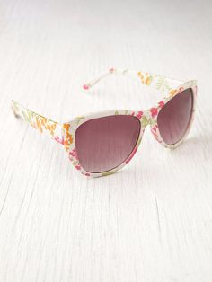 Mindy Sunglasses at Free People Clothing Boutique