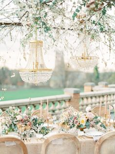 A Pastel & Floral Explosion of Pretty at the Cairnwood Estate