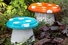 Clay Pot Toadstools -Upcycle Terracotta Pots and Saucers into these colorful Toadstools that will add colour and personality to your home