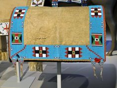 The history of horse blankets can be dated back to the Native American culture. Initially, horse blankets were used by Native American Indians for staying warm, rugs, spiritual ceremonies and other traditional usage. http://bit.ly/ZLCaKL [Photo courtesy ofhttp://braymere.blogspot.ca/]
