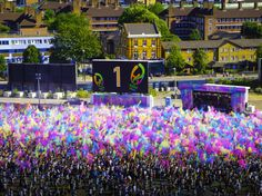 The Holi Festival Of Colours tour is back with a bang and will be more colourful than ever! Merida, Holi Festival Of Colours, Picture Video, All Things, Tours, London, Mansions, House Styles, Videos